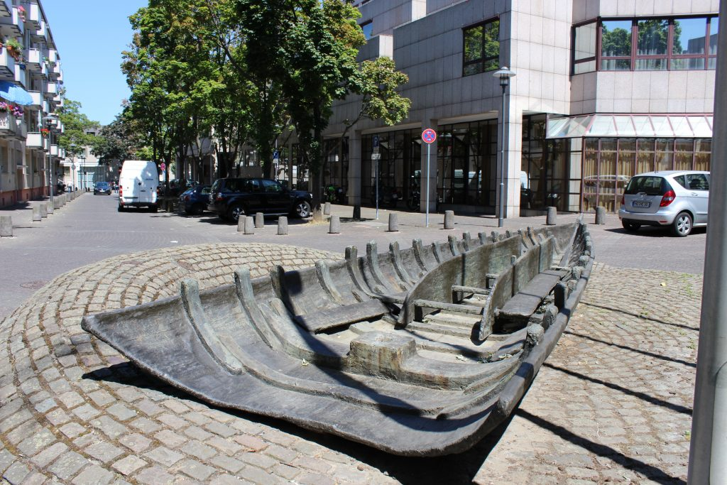 eplica of Roman shipwreck discovered in 1981/2 during development of the Hilton Hotel, Mainz (c) Sally Foster